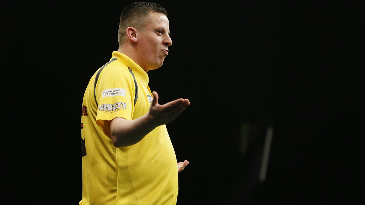 Wayne expects Dave Chisnall to get past Glen Durrant on Wednesday Night