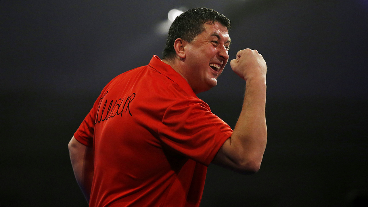 Wayne Mardle likes the chances of Mensur Suljovic against James Wilson