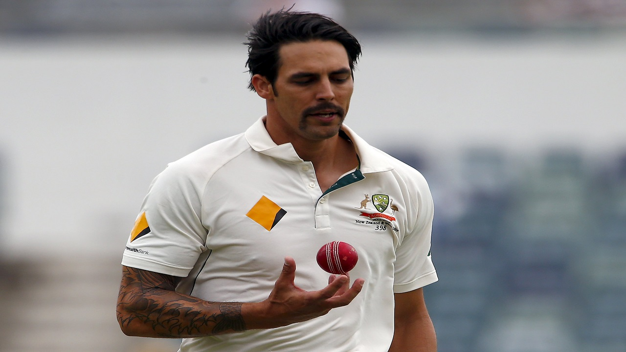 Mitchell Johnson says there will be plenty of short stuff in the Ashes