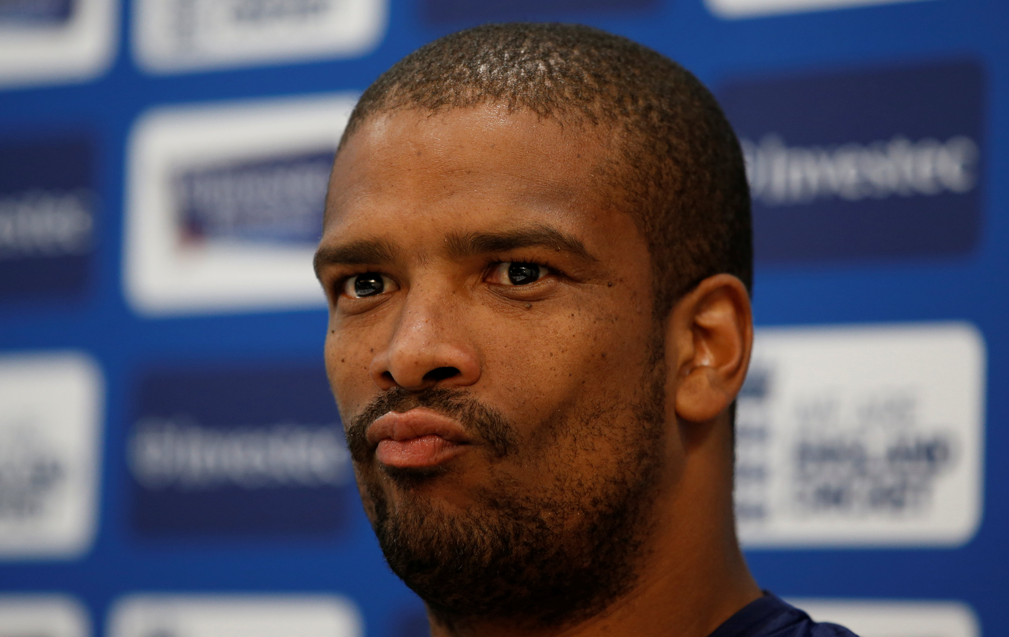 Vernon Philander took some questions ahead of the 2nd Test and during it, he had all the answers.