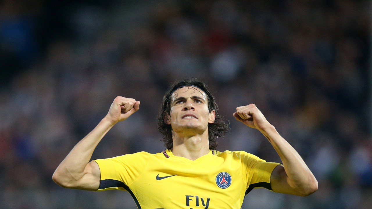 Edinson Cavani reached a century of goals in Ligue 1 this weekend but was overshadowed by the brilliant Kylian Mbappé