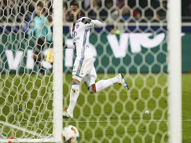 Alexandre Lacazette could set the Premier League alight