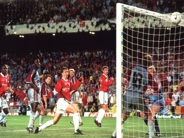 """""""And Solskjaer has won it!"""""""