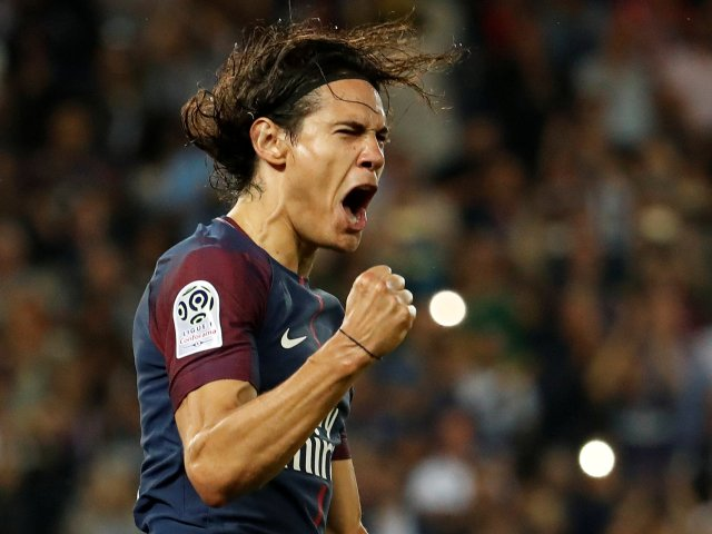 Edinson Cavani scored two goals at Parkhead in the reverse