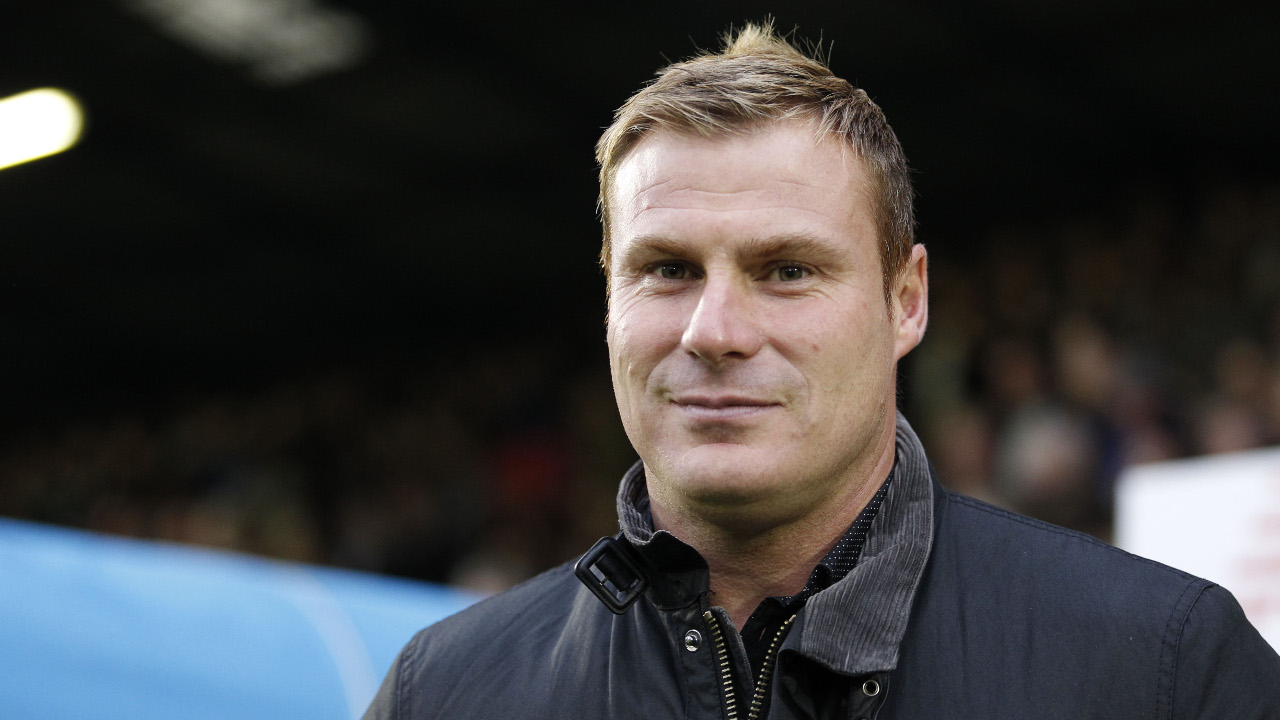 David Flitcroft can guide Swindon to an eighth away win at Blundell Park