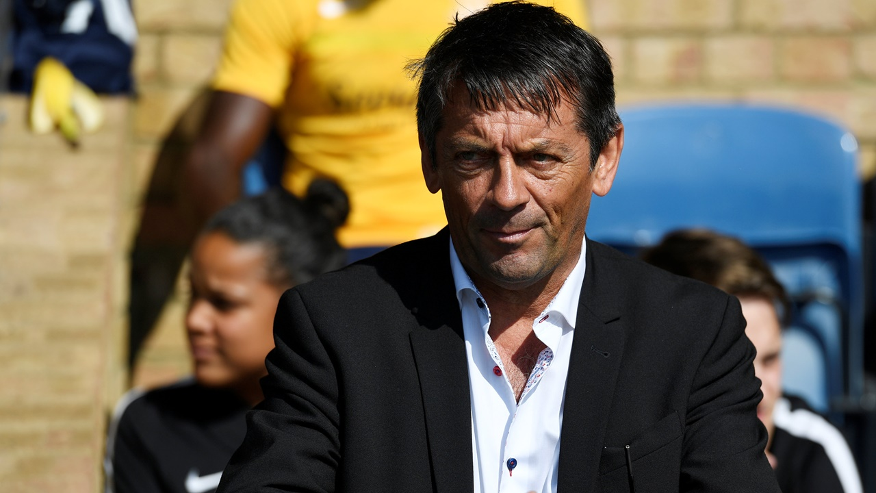 Southend United boss Phil Brown will be hoping for a response from his players on Tuesday