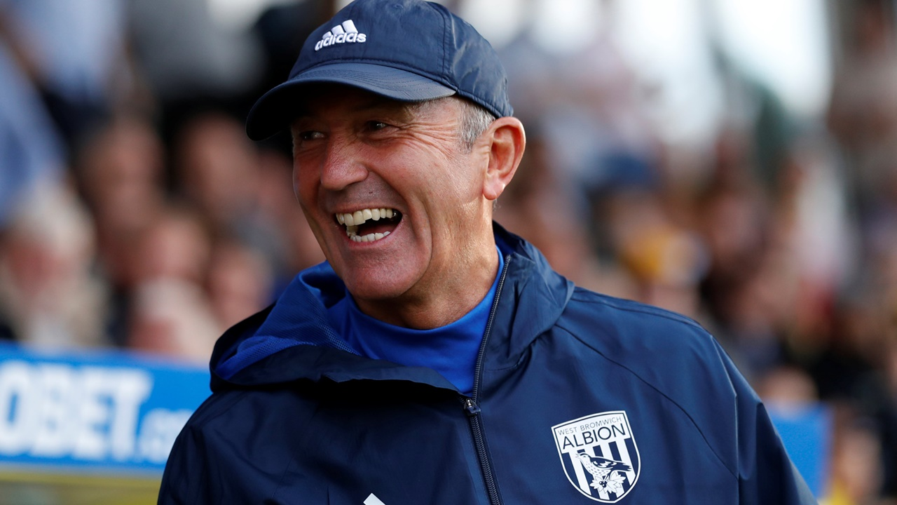 Tony Pulis will hoping to be all smiles after his tea's visit to Leicester on Monday night
