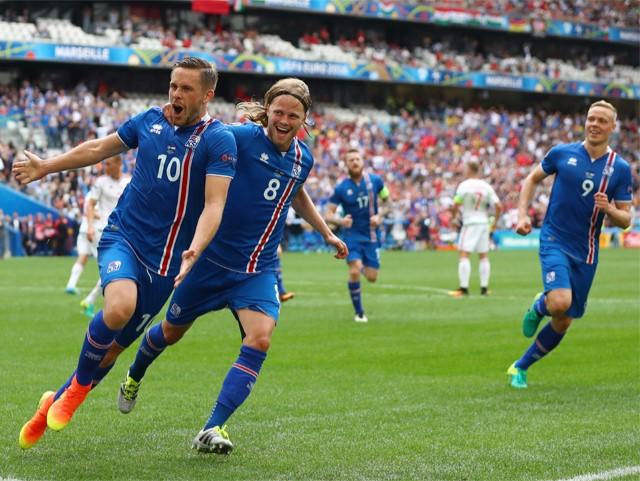 Sigurdsson in Euro 2016 action last summer.