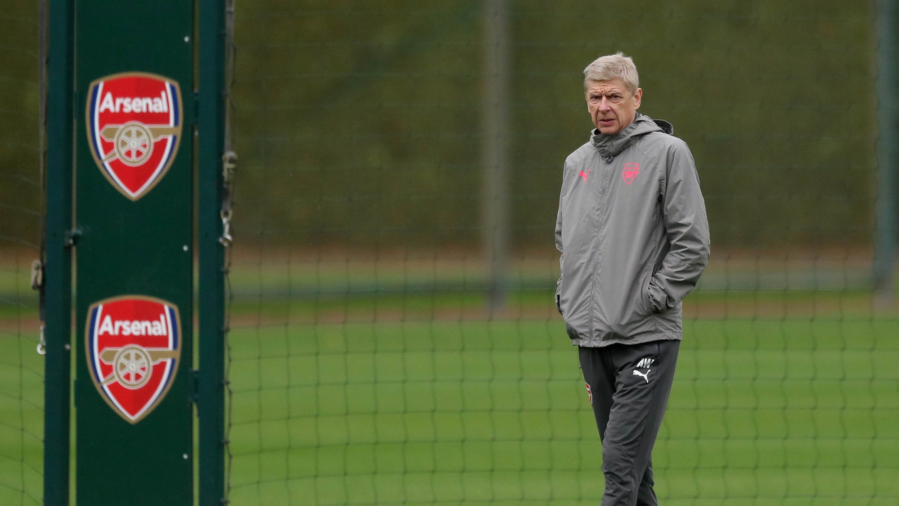 Wenger could be set for a heavy defeat at Man City on Sunday