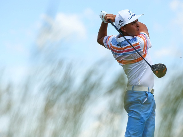 Rickie Fowler held the first round lead in the last US major