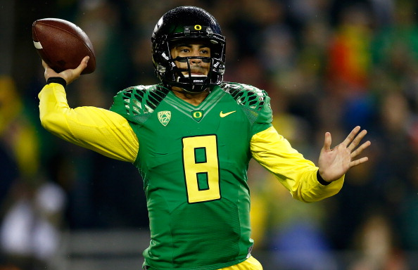 Marcus Mariota can lead Oregon to glory.
